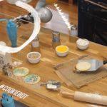 HoLLiE, el robot pastelero decorador de cookies